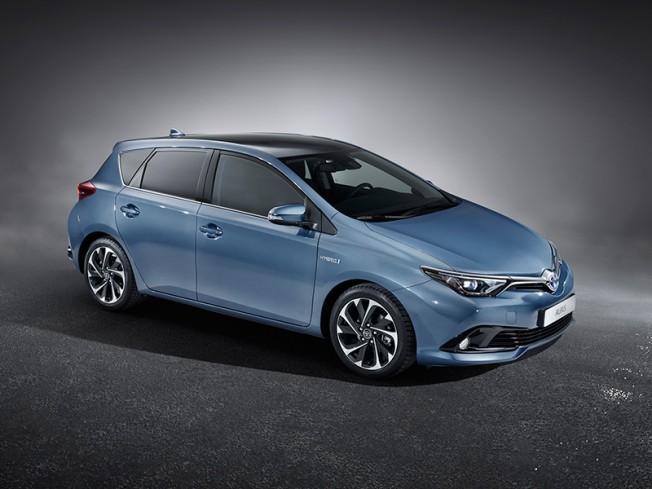 Toyota Auris 2015: Primeras imágenes antes de Ginebra 3