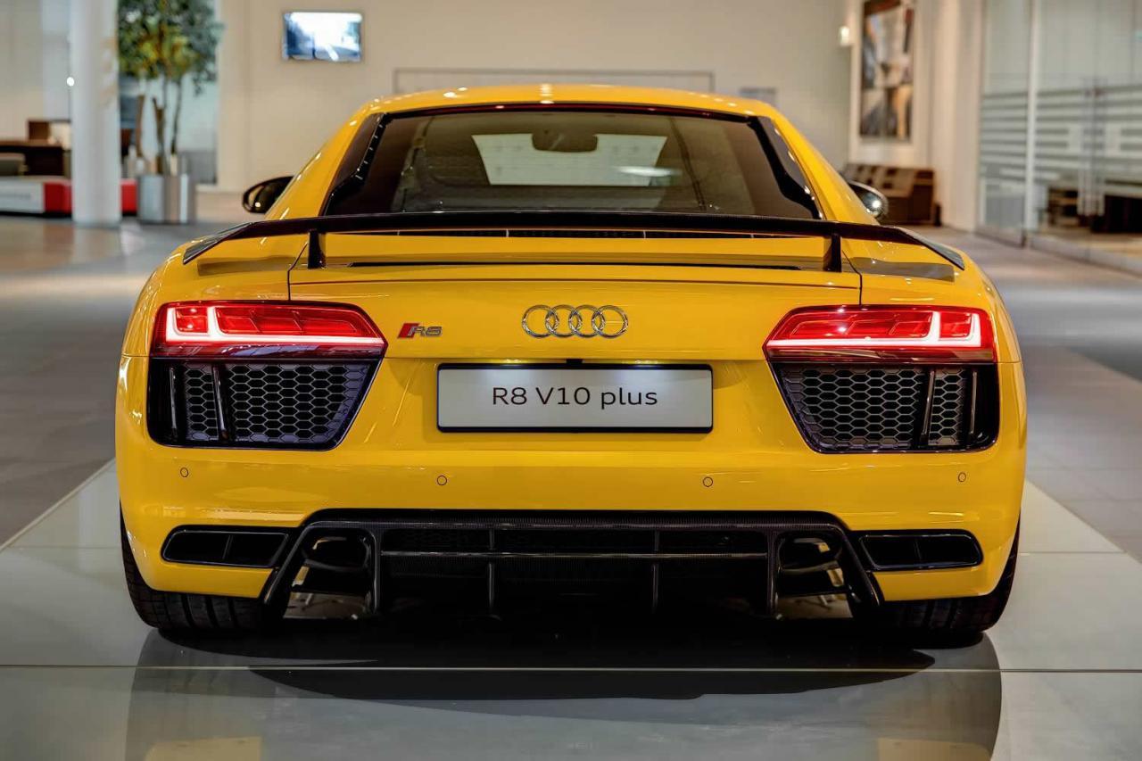 Al natural: Audi R8 V10 Plus en Vegas Yellow 2