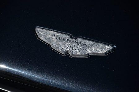 aston-martin-vanquish-carbon-edition-3.jpg