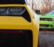 Vídeo: Shelby GT500 vs Dodge Challenger Hellcat vs Chevrolet Corvette Z06