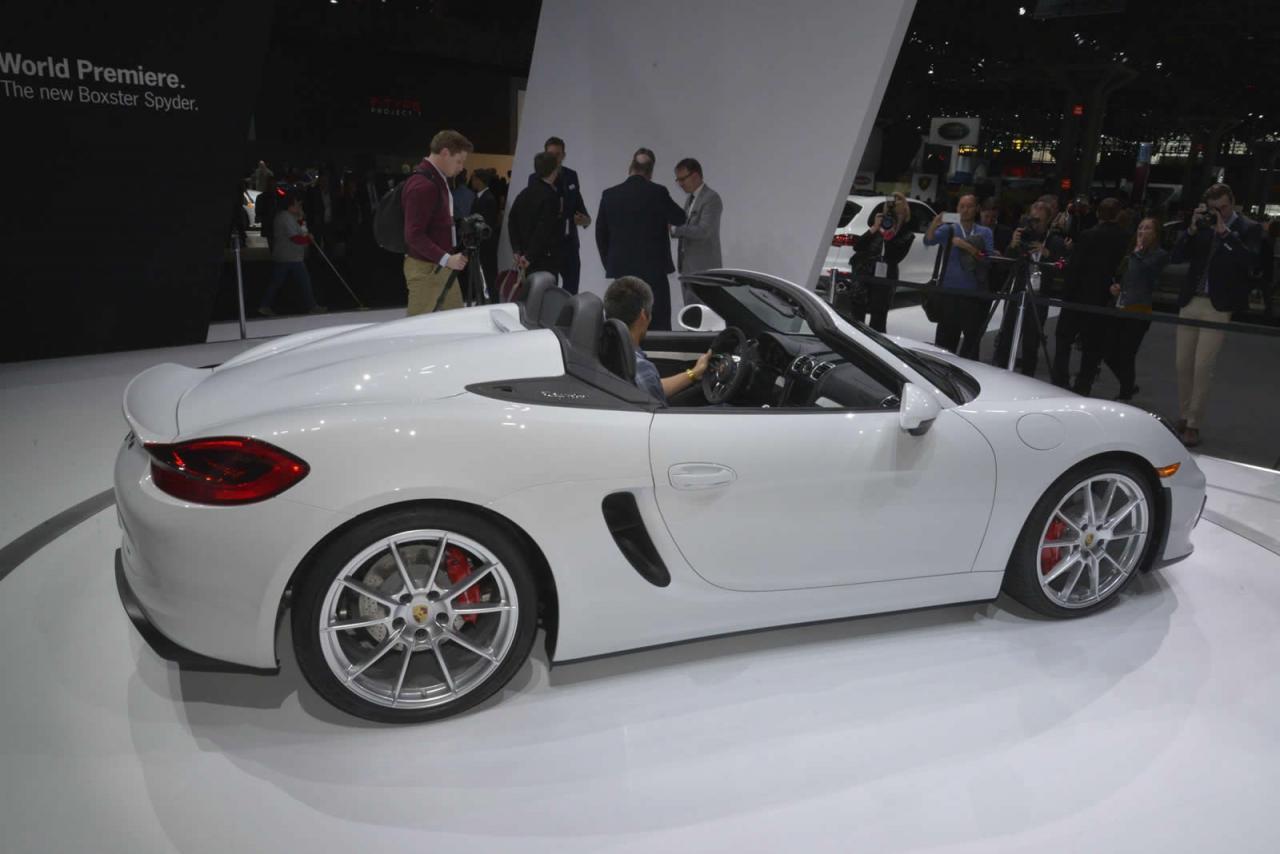 Desde Nueva York: Porsche Boxster Spyder, en vivo 1