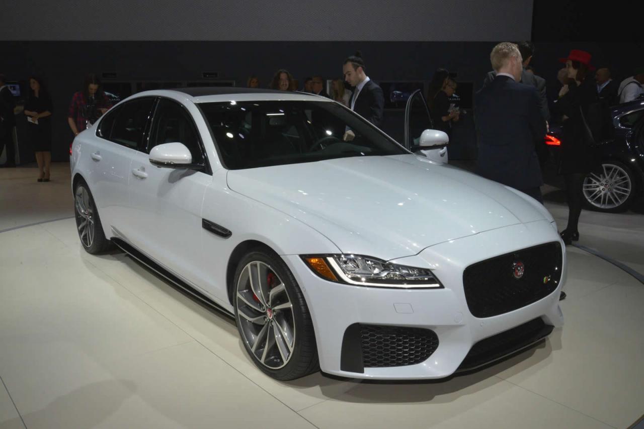 Nueva York 2015: Jaguar XF, al desnudo 3
