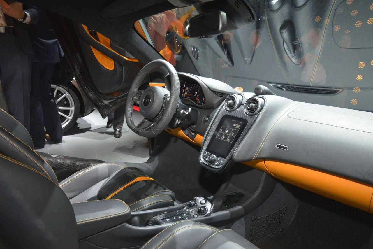 Nueva York 2015: McLaren 570S Coupé 3