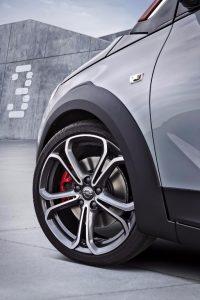 Opel Adam Rocks S: Estética campera con motor prestacional
