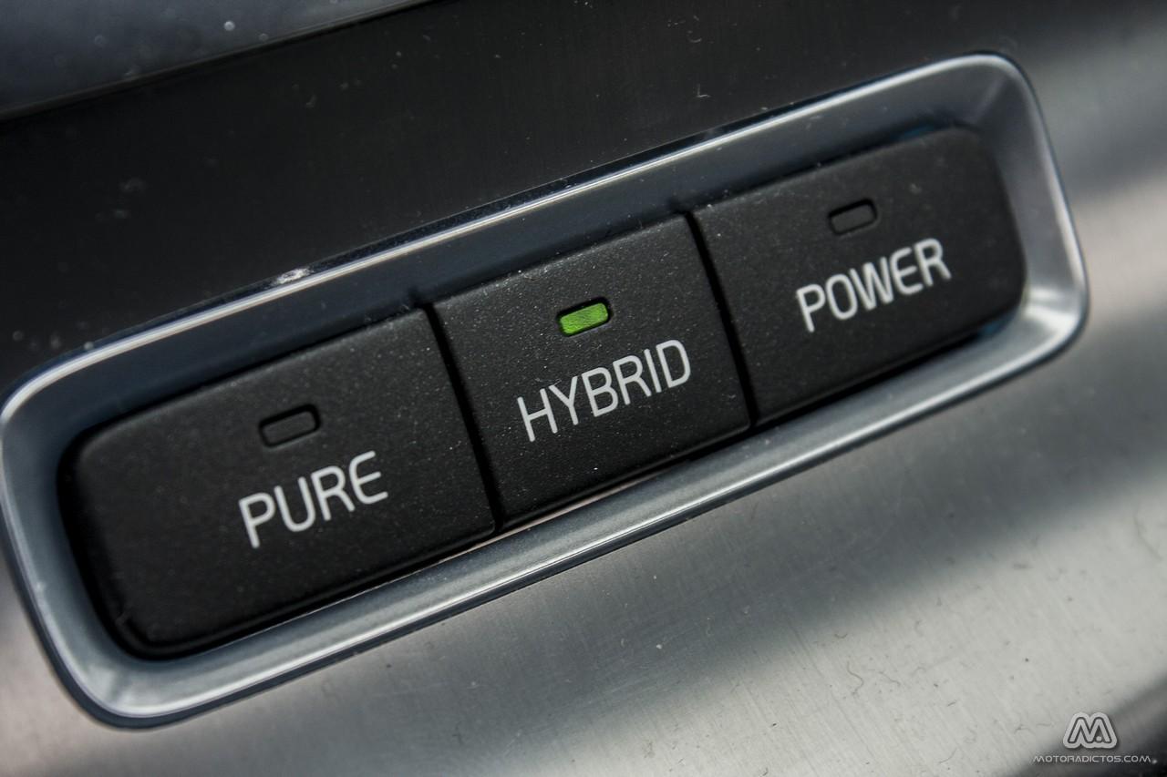 Prueba: Volvo V60 Plug-In Hybrid AWD (equipamiento, comportamiento, conclusión) 4