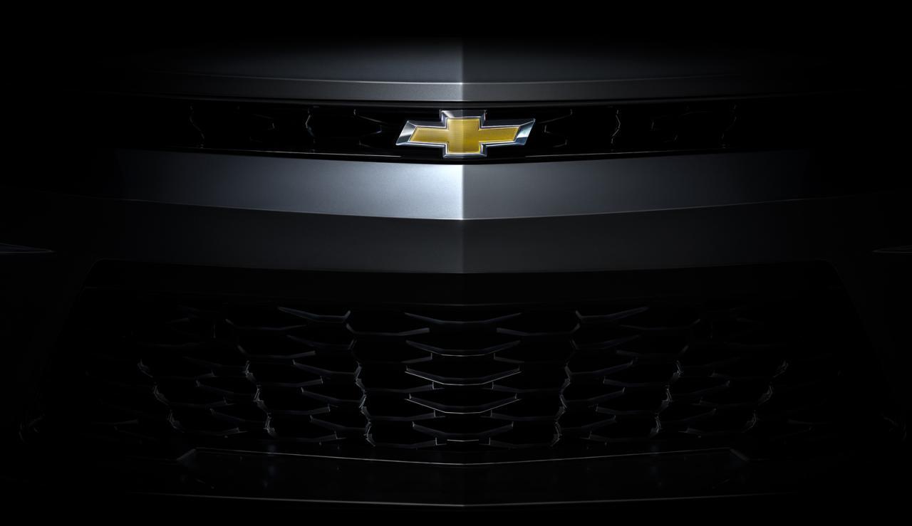Nuevos anticipos oficiales del Chevrolet Camaro, debuta este sábado 1