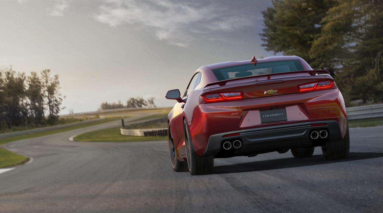 Oficial: 2016 Chevrolet Camaro, con motor de 4 cilindros y 455 caballos en la versión V8 SS 1