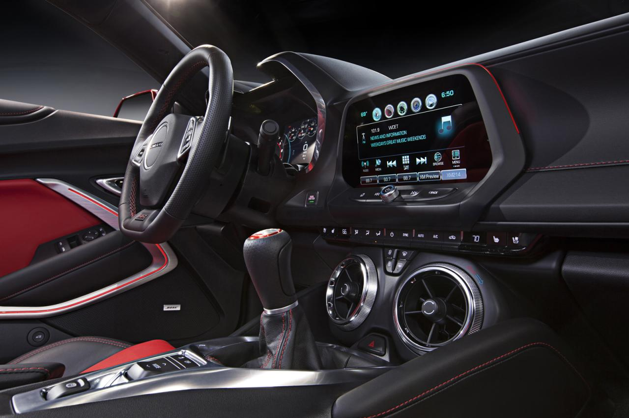 Oficial: 2016 Chevrolet Camaro, con motor de 4 cilindros y 455 caballos en la versión V8 SS 4