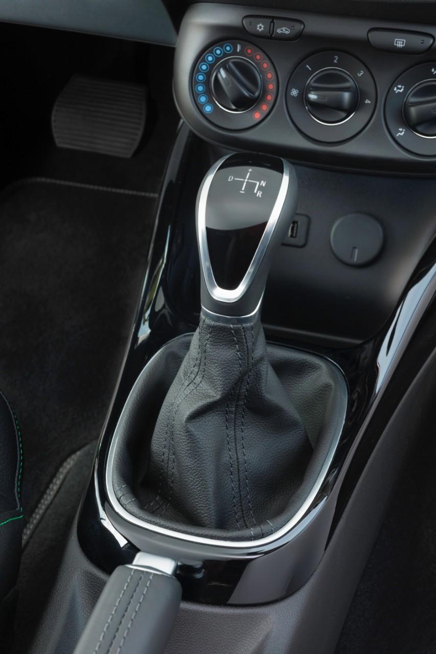 Opel introduce la caja Easytronic 3.0 en el Adam 1.4 por 750 euros adicionales 2
