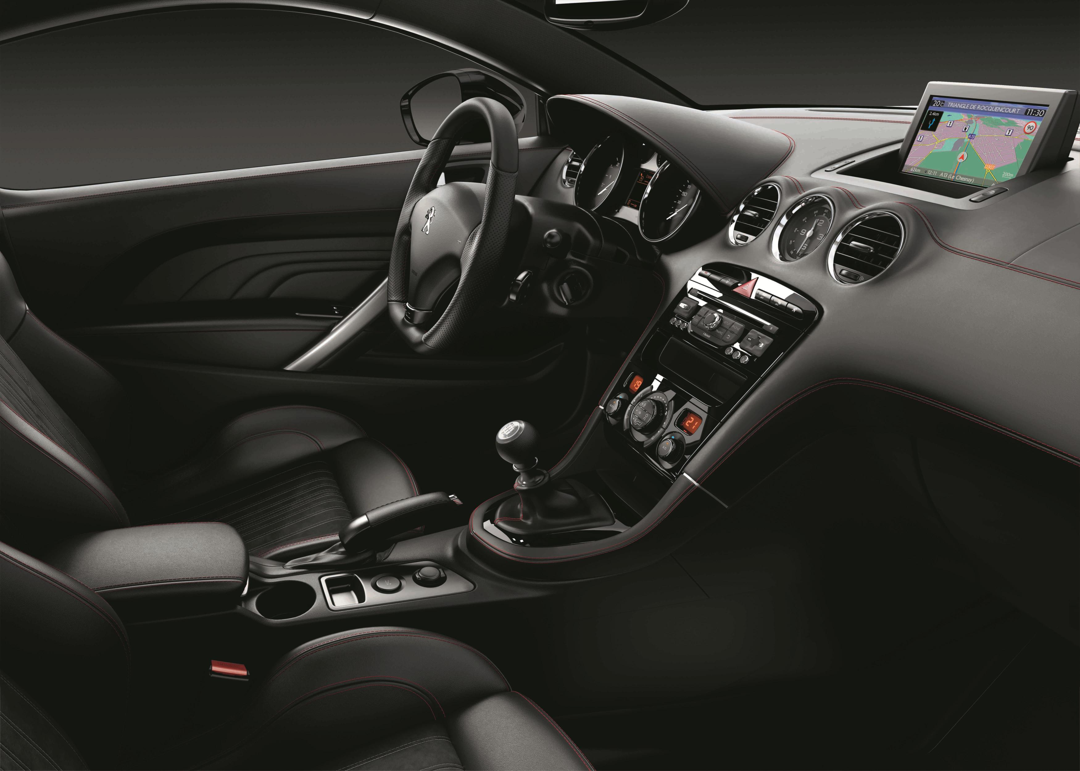 Peugeot RCZ GT Line: Disponible con el 1.6 THP de 200 CV por 33.900 euros 2