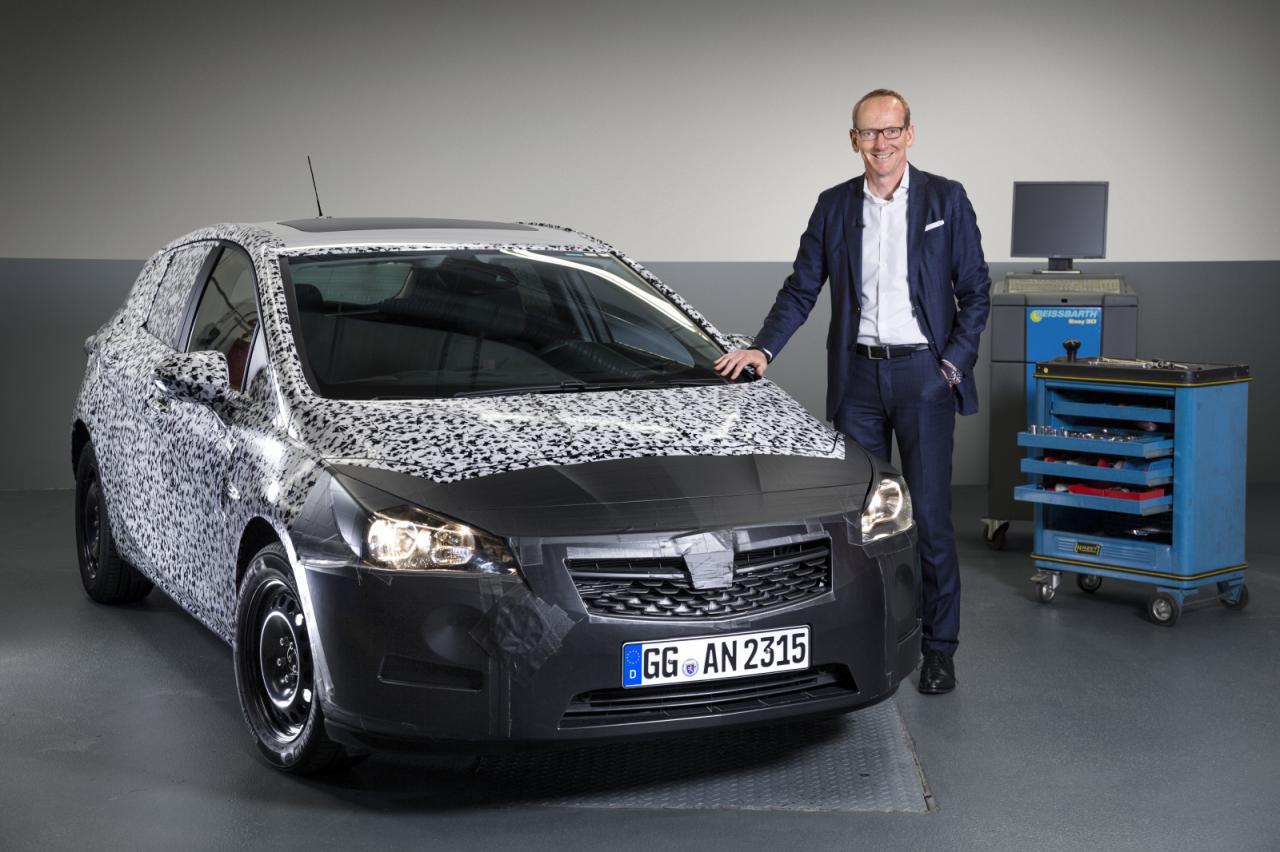 Primeras fotos oficiales del nuevo Opel Astra, llegará a España en navidades 2