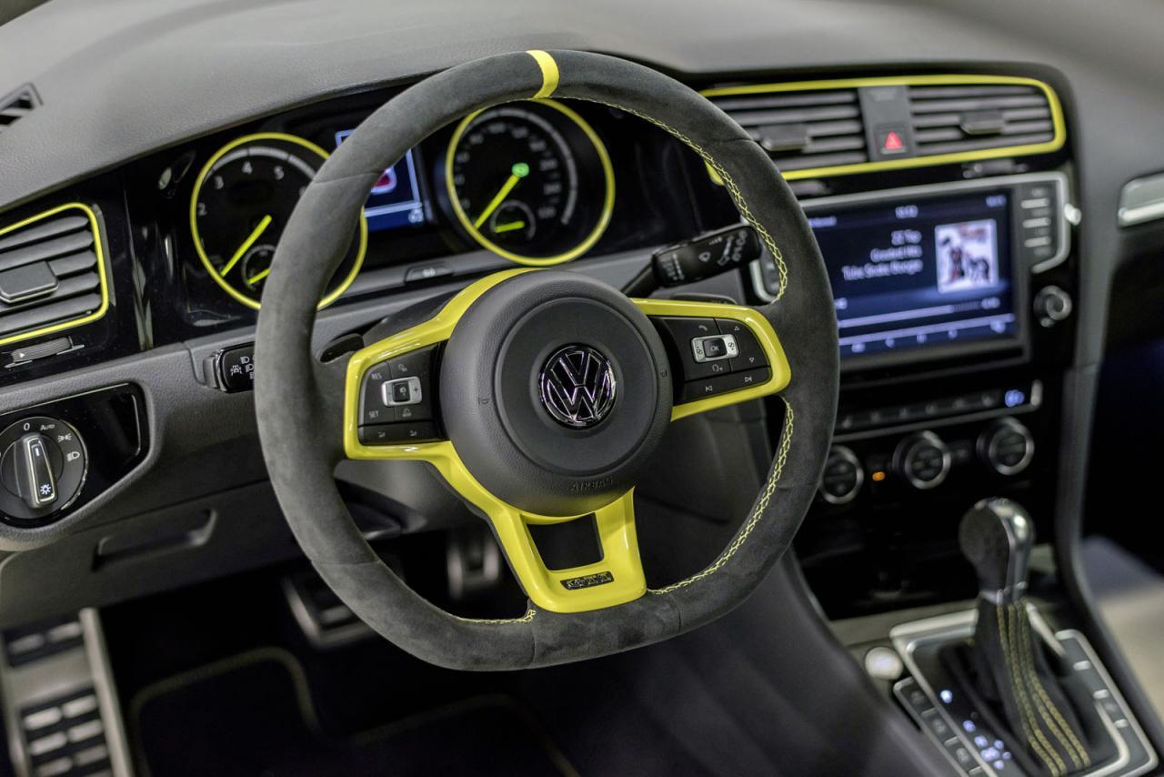 Volkswagen Golf GTI Dark Shine, brillando en Wörthersee con 395 caballos y creado por estudiantes 5