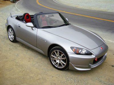 800px-HondaS2000-007