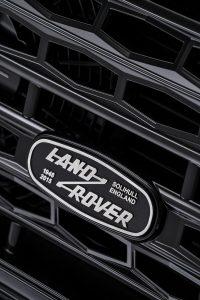 Land-Rover-Defender-2000000-14