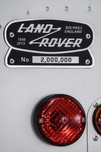 Land-Rover-Defender-2000000-18