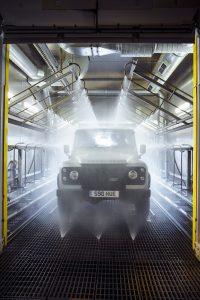 Land-Rover-Defender-2000000-27
