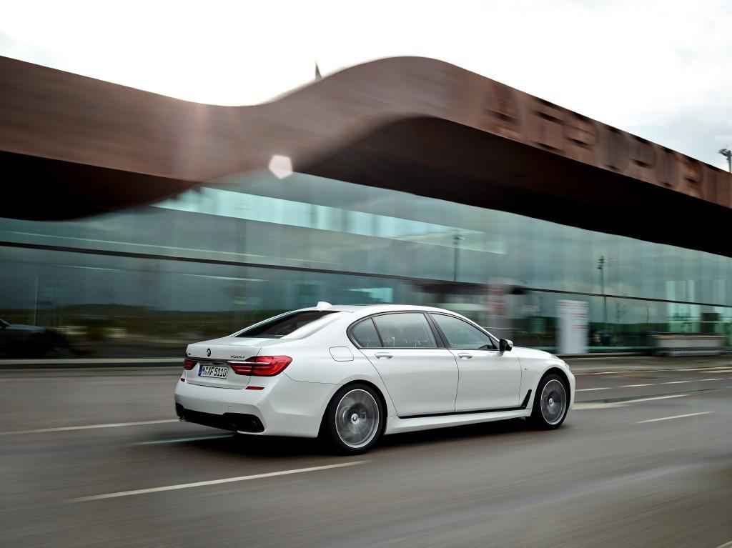 BMW Serie 7 Pack M, la esperada antesala del M7 ya está aquí 2