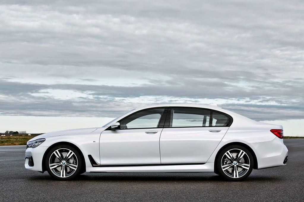 BMW Serie 7 Pack M, la esperada antesala del M7 ya está aquí 4