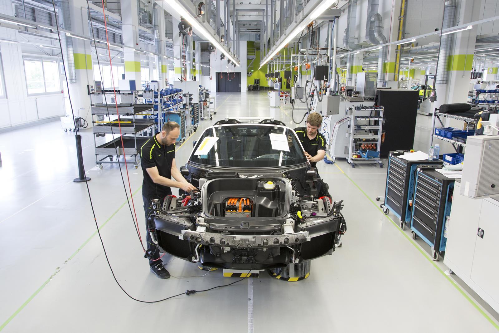 Concluye la producción del Porsche 918 Spyder tras 21 meses de producción 2