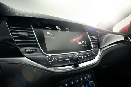 opel-astra-2015-05-1440px