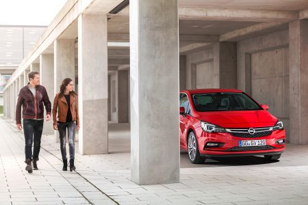 opel-astra-2015-07-1440px