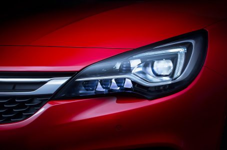 opel-astra-2015-12-1440px