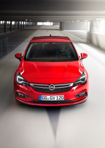 opel-astra-2015-13-1440px