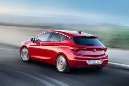 opel-astra-2015-15-1440px