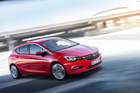 opel-astra-2015-16-1440px