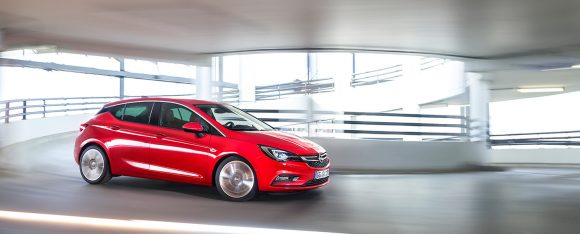 opel-astra-2015-18-1440px