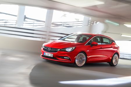opel-astra-2015-19-1440px