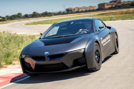 BMW-i8-Hydrogen-Fuel-Cell-Concept-2