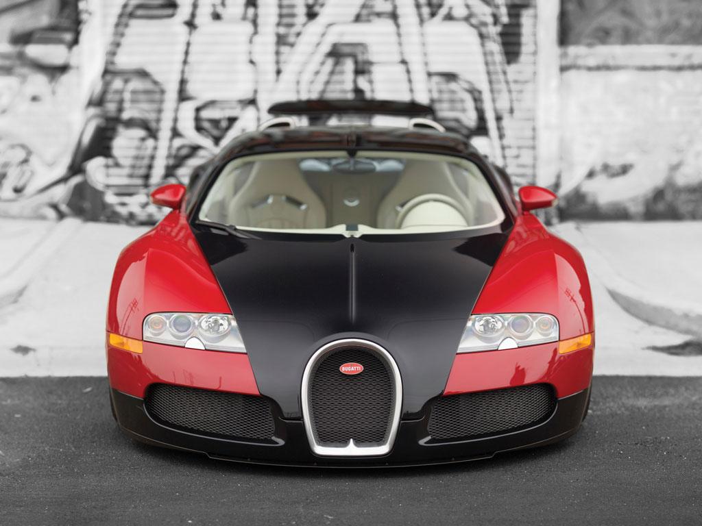 A subasta la primera unidad fabricada del Bugatti Veyron 2