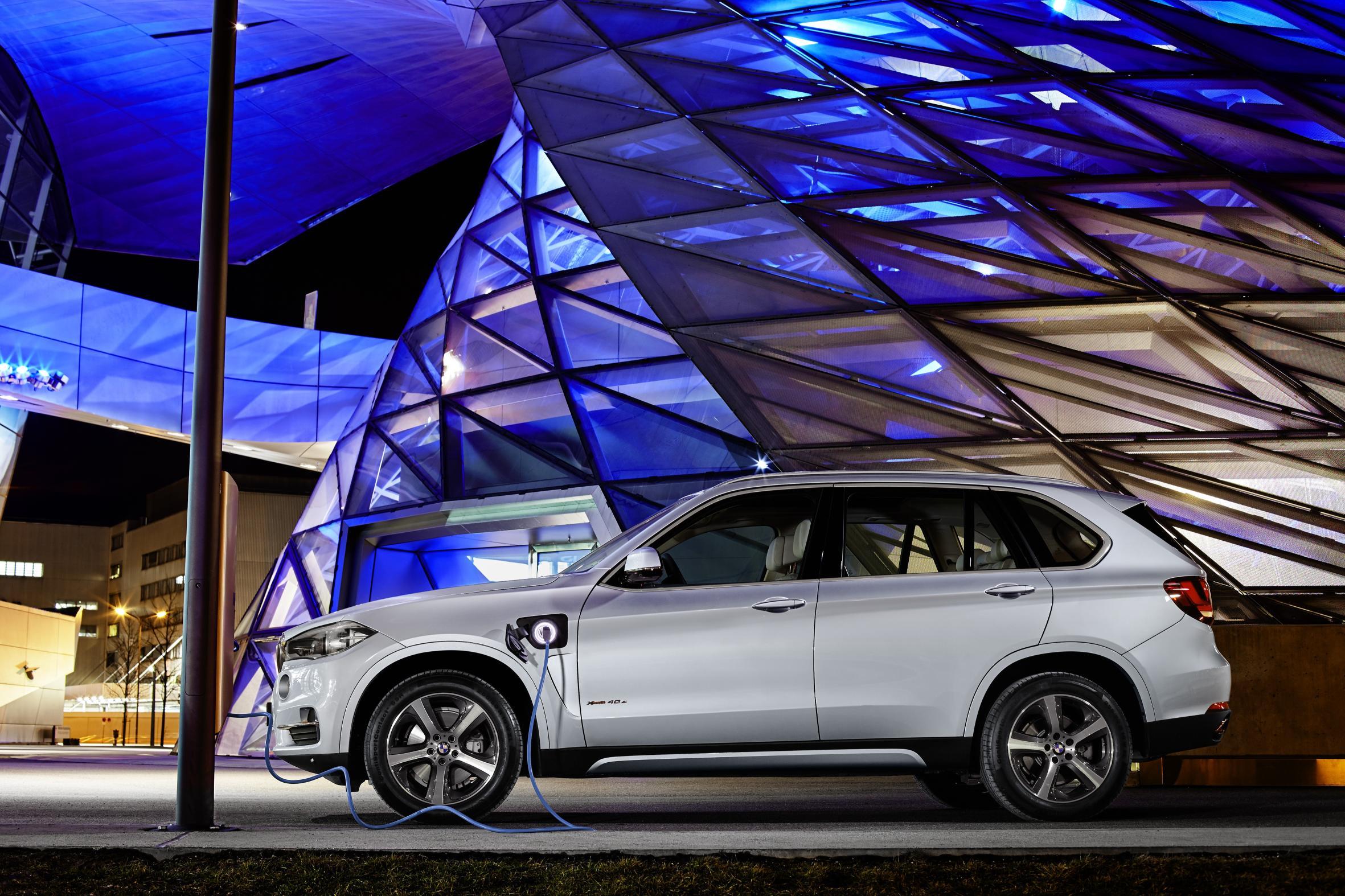BMW X5 xDrive40e 313 CV: Hasta 31 kilómetros en modo eléctrico y un consumo de 3,4l/100 km 1