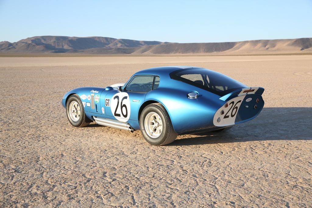 El Shelby Cobra Daytona Coupe vuelve por su aniversario, pero sin motor y sólo 50 unidades 2
