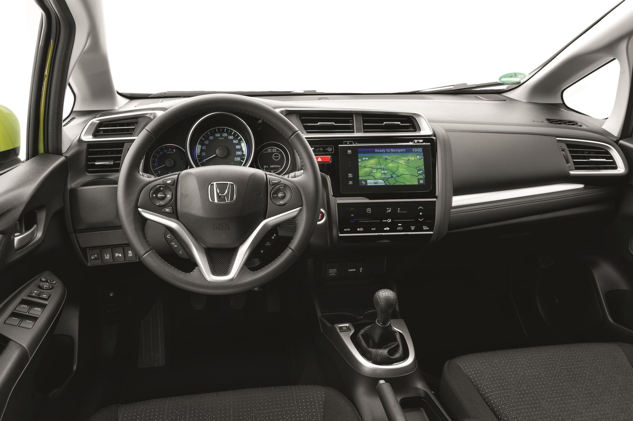 Honda Jazz 2015: Disponible a patir de Septiembre con el 1.3 i-VTEC 3