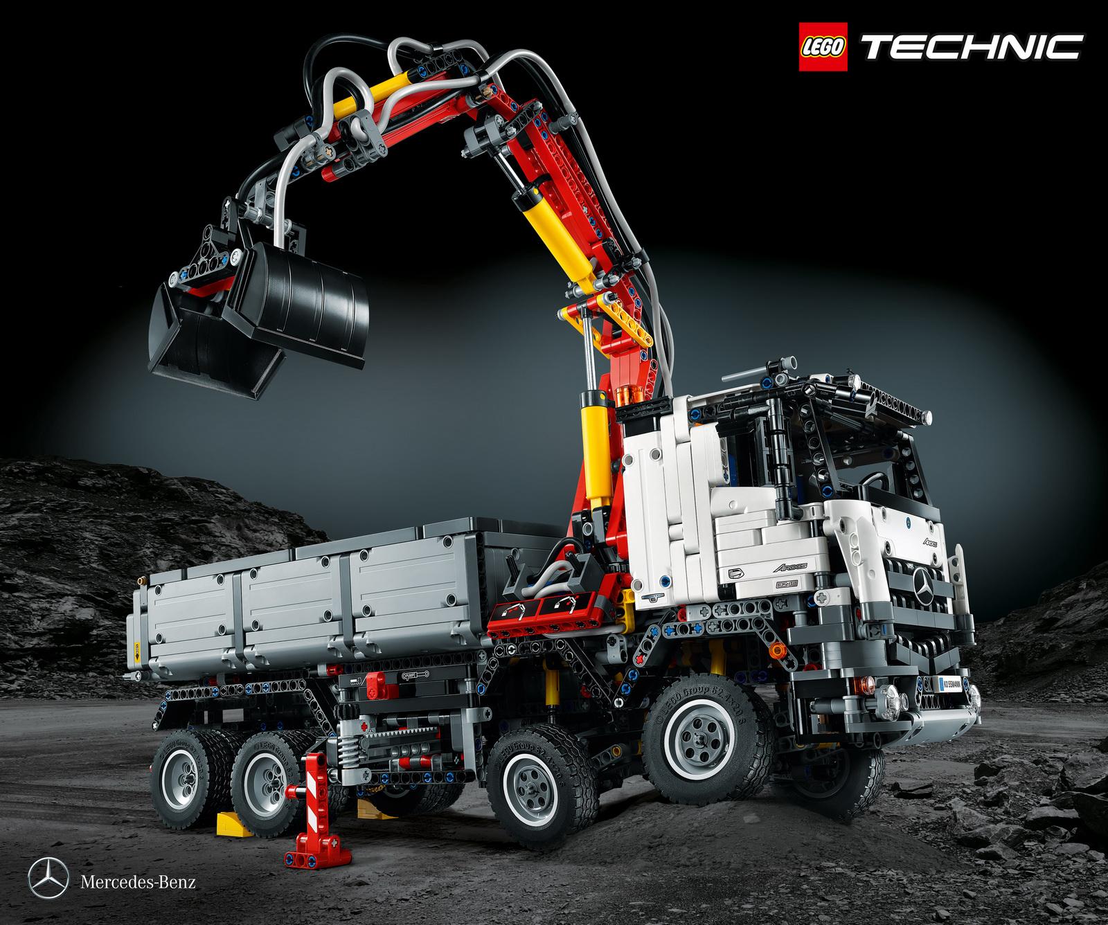Mercedes-Benz Arocs 3245: Un kit de LEGO con 2.793 piezas que te dejará sin palabras 1