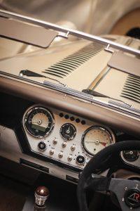 Morgan AR Plus 4: Ahora con motor Cosworth de 225 CV, celebrando el 65 aniversario