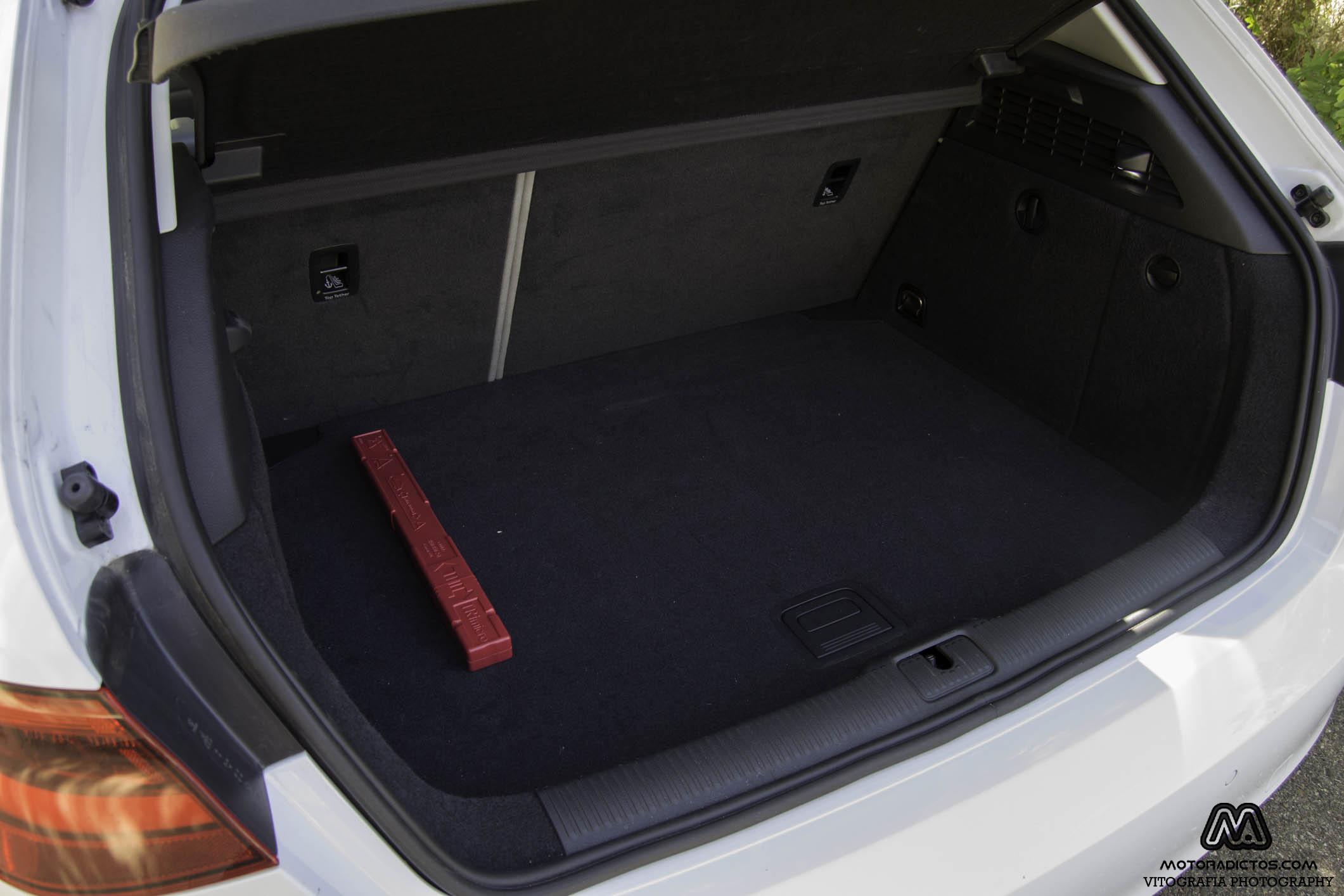 Prueba: Audi A3 1.6 TDI Ultra 110 CV (diseño, habitáculo, mecánica) 4