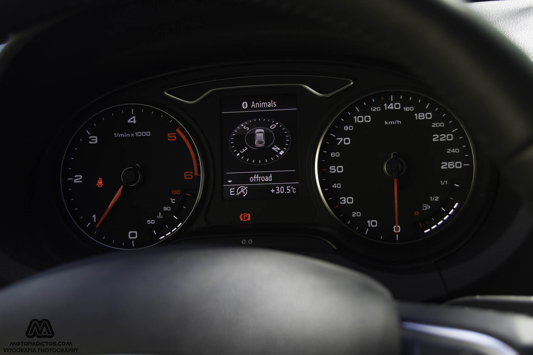 Prueba: Audi A3 1.6 TDI Ultra 110 CV (diseño, habitáculo, mecánica) 6