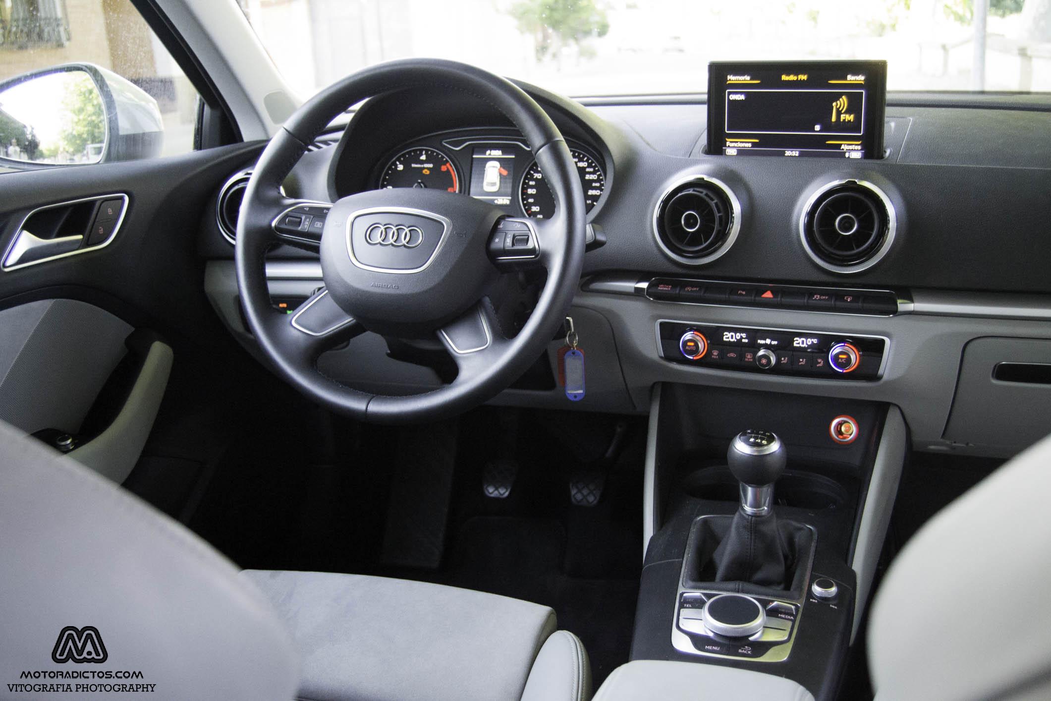 Prueba: Audi A3 1.6 TDI Ultra 110 CV (diseño, habitáculo, mecánica) 7