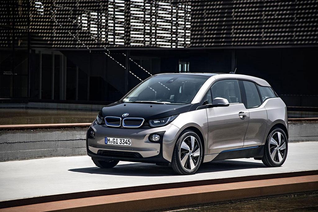 El BMW i5 ya está más cerca, la marca bávara nos da más detalles 1