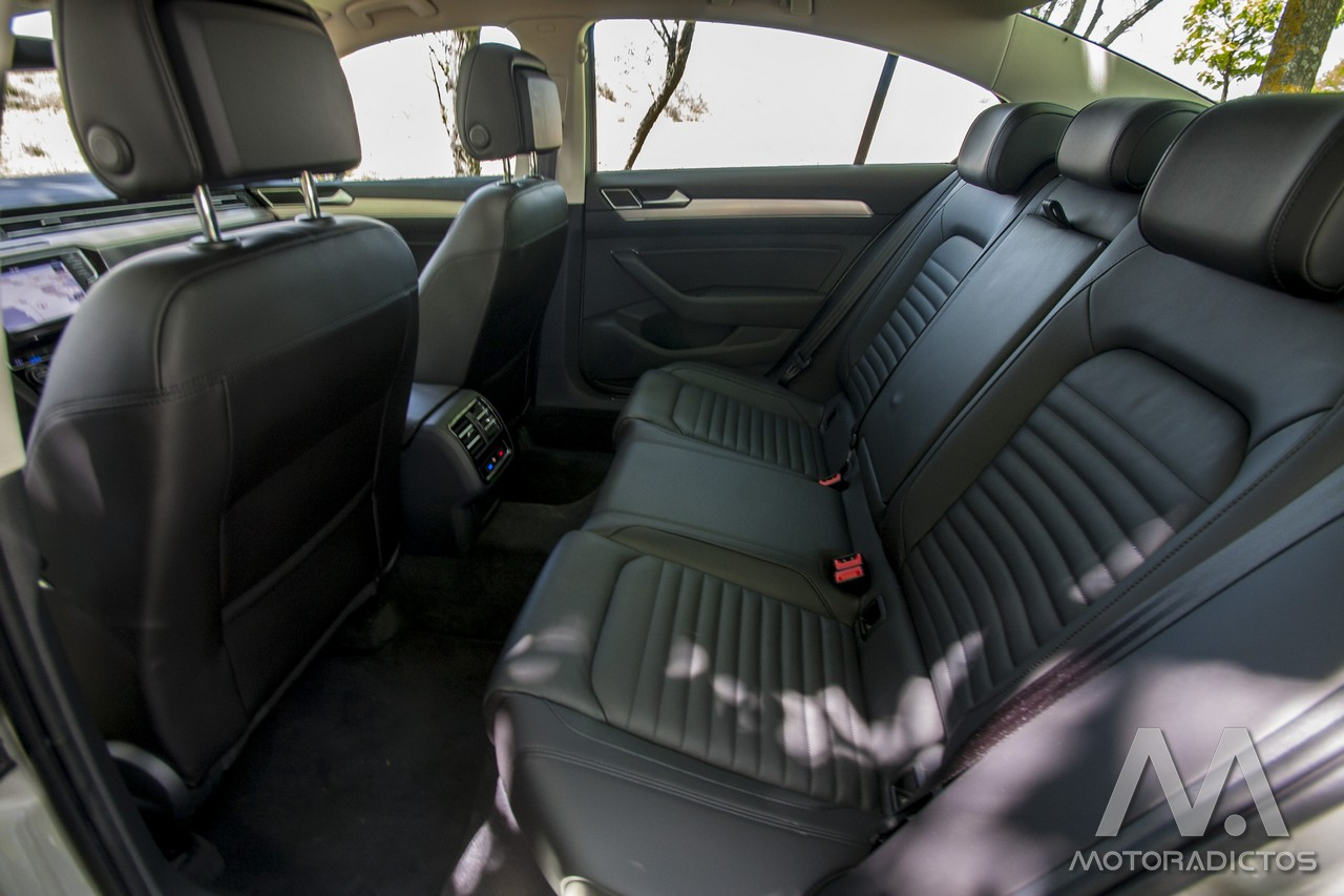 Prueba: Volkswagen Passat 2.0 TDI 150 CV Sport (diseño, habitáculo, mecánica) 9