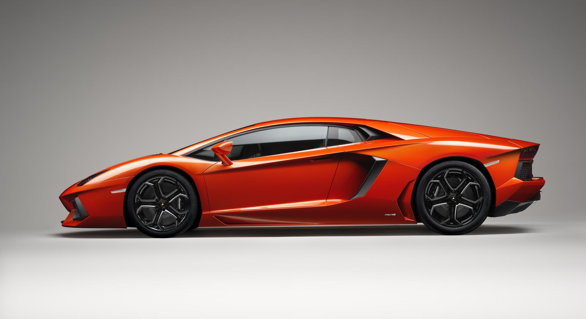 2015-Lamborghini-Aventador-High-Resolution-Wallpaper-l2wdd-Free