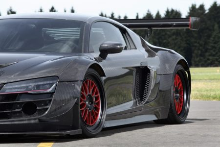 audi-r8-v10-plus-gets-a-950-hp-makeover-complete-with-carbon-fiber-body-also-girl-photo-gallery_1