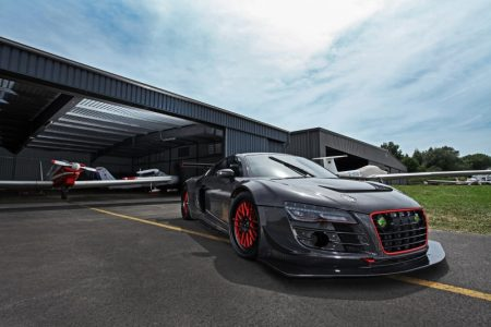 audi-r8-v10-plus-gets-a-950-hp-makeover-complete-with-carbon-fiber-body-also-girl-photo-gallery_15