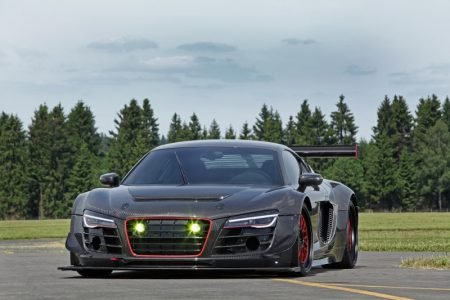 audi-r8-v10-plus-gets-a-950-hp-makeover-complete-with-carbon-fiber-body-also-girl-photo-gallery_3