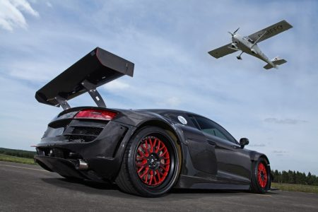 audi-r8-v10-plus-gets-a-950-hp-makeover-complete-with-carbon-fiber-body-also-girl-photo-gallery_7