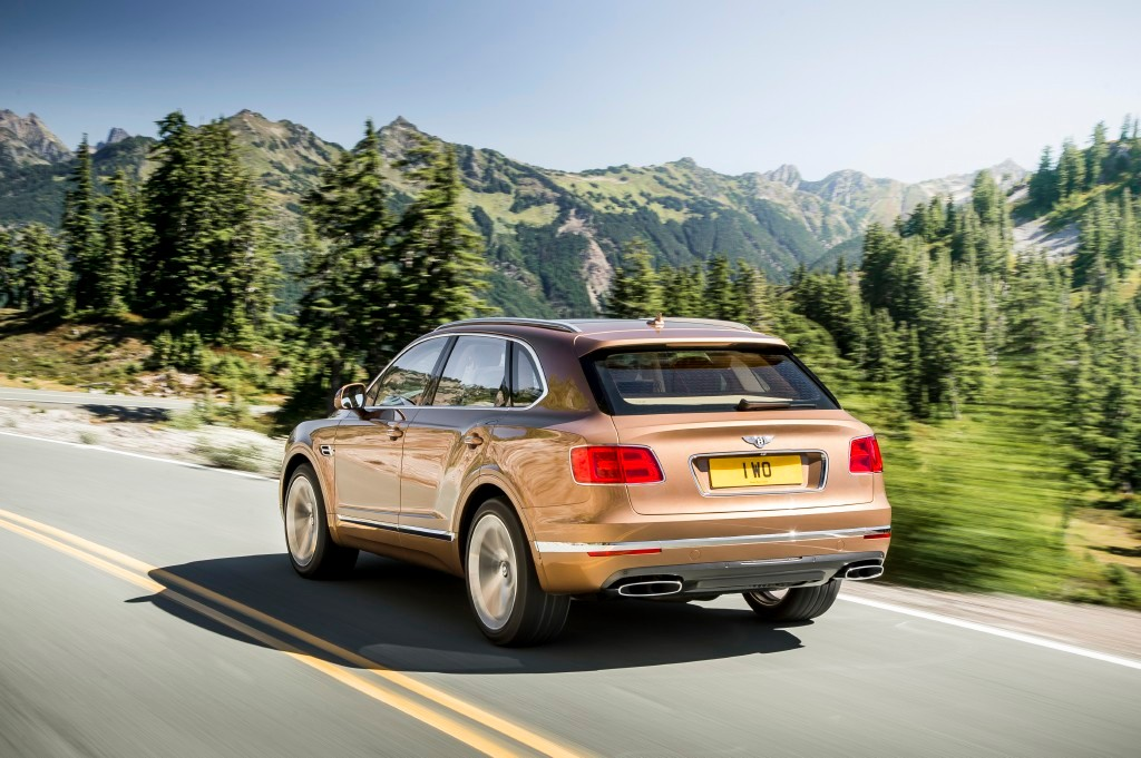 bentley-bentayga-201523066_5