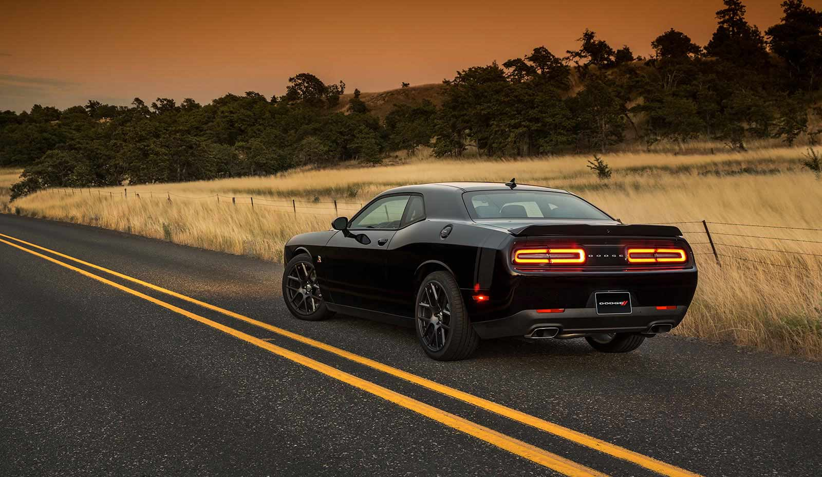 2015-challenger-packages-rt-scatpack-1